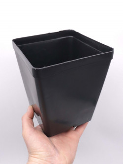 Black square pot 14 X 14 X 16 CM