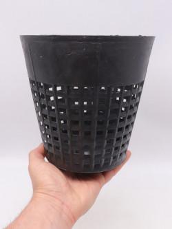 Vaso nero tondo traforato 15 cm x 15 h